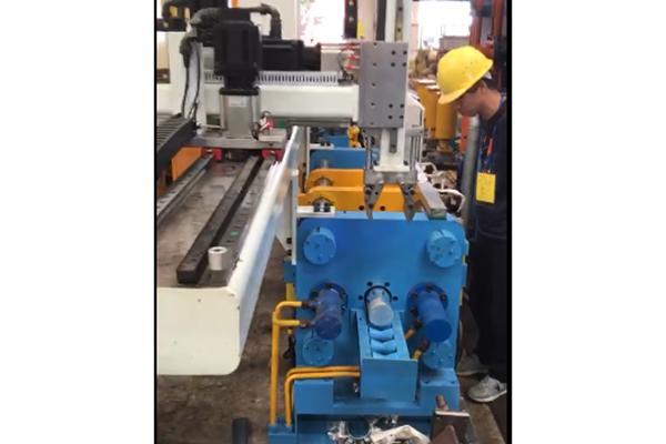Billet Deoxidizing and Descaling Machine   Aluminum